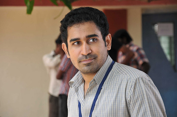 Vijay Antony clashes with Dhanush