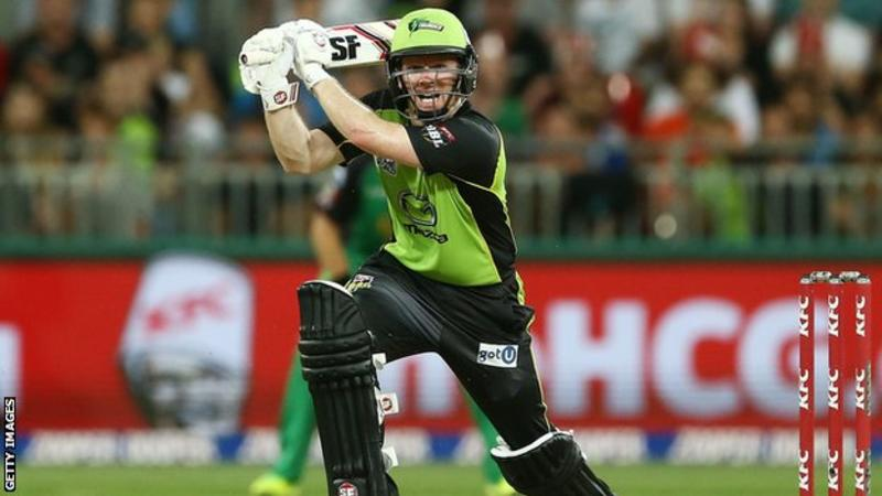 Big Bash: Eoin Morgan hits last-ball six in Thunder win