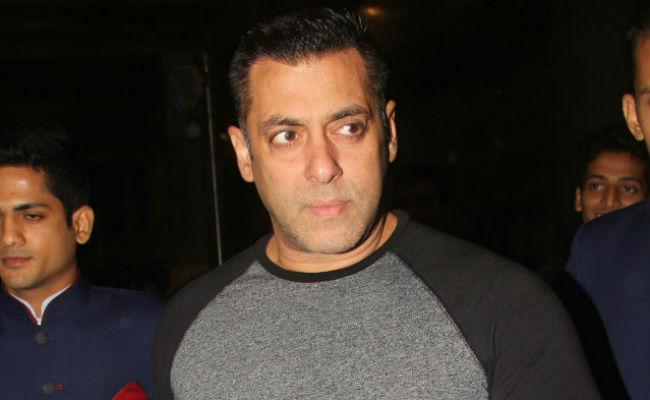 Actor Salman Khan acquitted from Arms Act Case