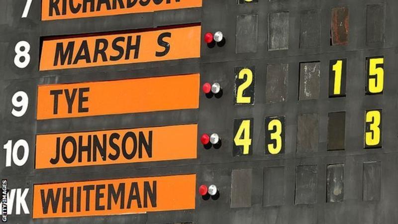 Big Bash League: Mitchell Johnson stars as Perth Scorchers reach BBL final