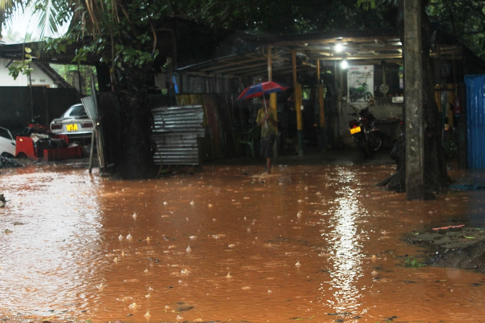 Heavy rains in the East, Routine life of people affected