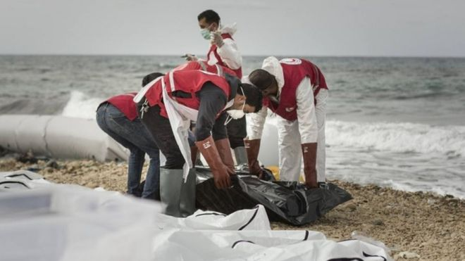Dozens of migrants drown off Libya