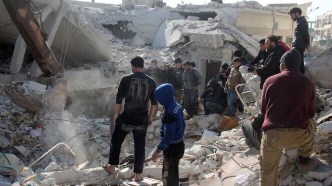 Syria conflict: Rebel-held Idlib hit by deadly air strikes