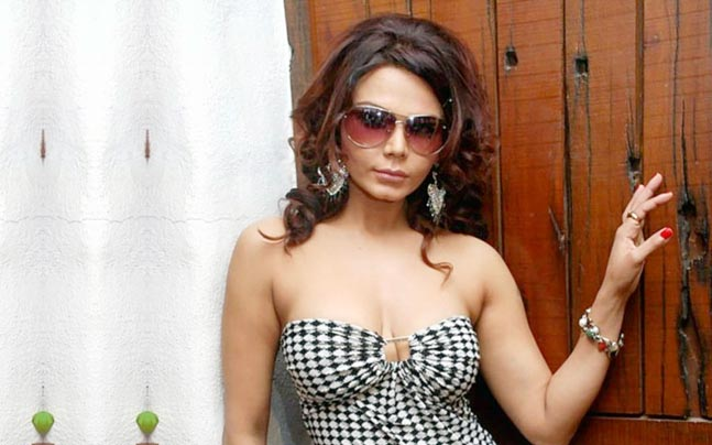 Rakhi Sawant clarifies on the Leaked MMS