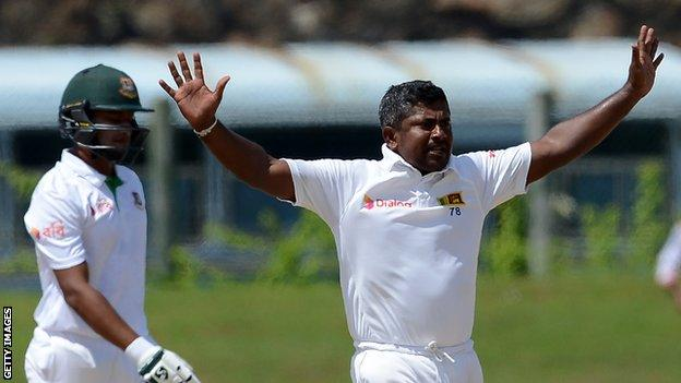 Rangana Herath breaks left-arm spinner Test wickets record as Sri Lanka beat Bangladesh