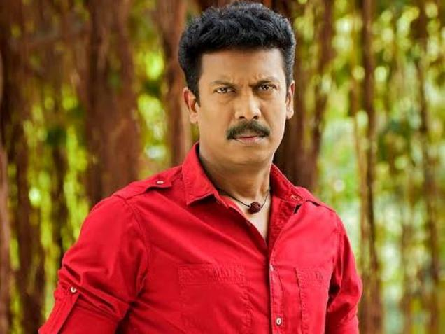 Samuthirakani's gesture proves his confidence on 'Thondan' success