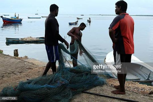 Kurunagar and Passaiyoor Fishermen unable to dry their nets due Army Camps along the shores
