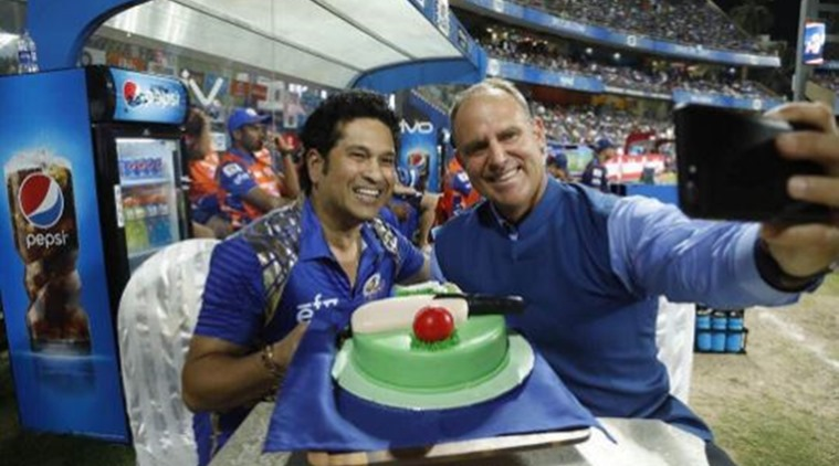 When Wankhede stadium sung Happy Birthday Sachin Tendulkar