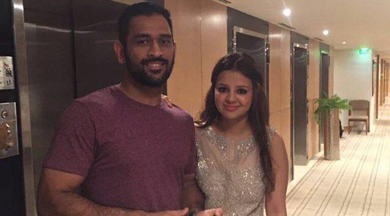 IPL 2017: Time is more powerful than you, Sakshi Dhoni responds to Harsh Goenka's twitter jab