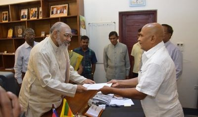 CM,Wigneswaran takes over Ministries of Agriculture and Education; Sworn in before Governor
