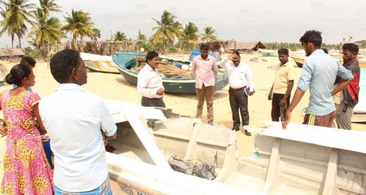 Mulai Fisherman's boat sunk, Raviharan condemns the outrage of  Southern fishermen