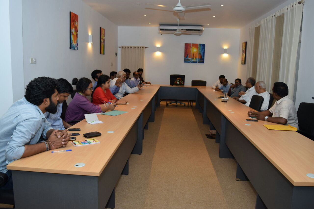 Sampanthan meets Tamil journalists (2)