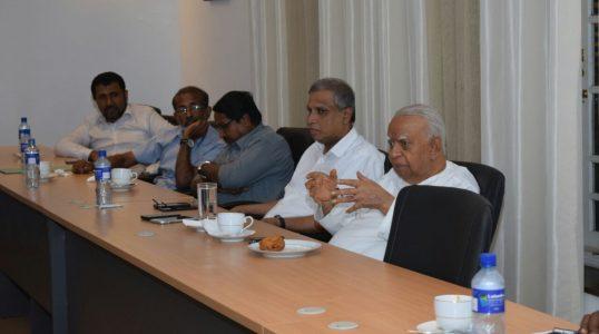 Sampanthan meets Tamil journalists (4)