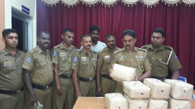 27 year old youth arrested with 17 kg. of Ganja in Point Pedro