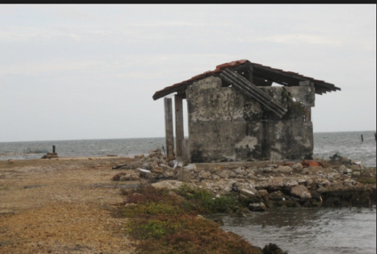 A project to reclaim land from sea along the coast from Colombothurai to Navanthurai in Jaffna