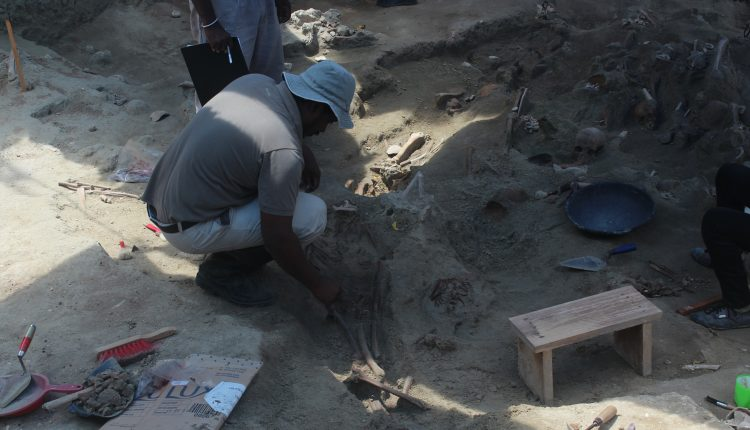 Heart-breaking sight at Sathosa Mass Grave- Skeletons of a Mother and her tender child found 1