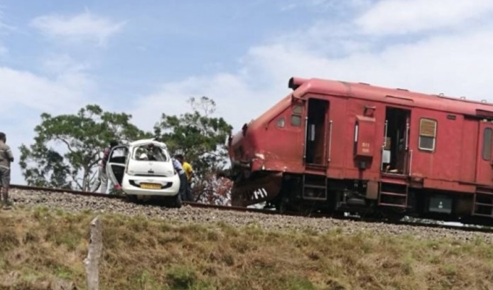 Tragedy in Vavuniya – 4 women killed in Train – Car crash, two injured, Driver escapes