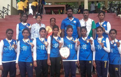 Thellipalai Union wins medals in National Schools Throw ball