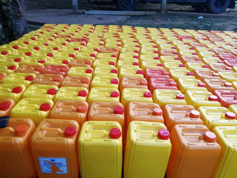 6,972 L Ethanol captured in Erlali: Alleged to be brought from Kandy for adulterating Palmyrah Arrack in Jaffna