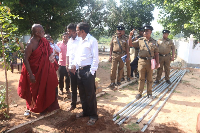 Encroaching Bikkhu complaints in the Police, Raviharan summoned to Police