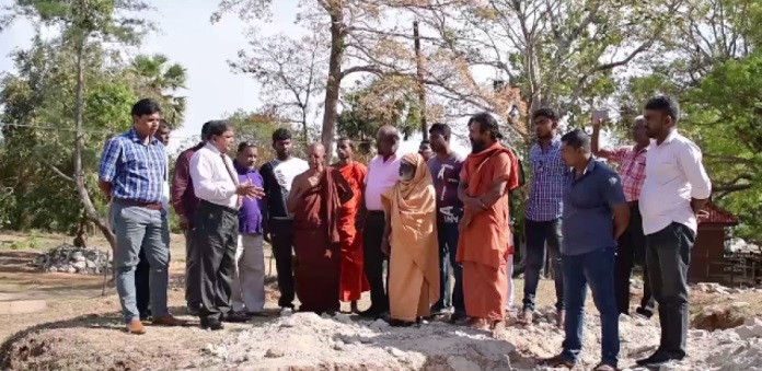 Attempt to place Buddha statue after demolishing the foundation of Pillaiyar Temple at Kinniya, Trincomalee