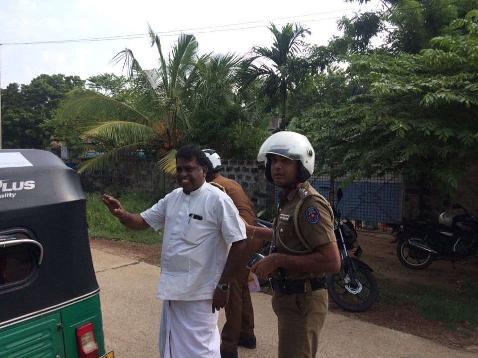 Shramadhana volunteers at Theeruvil threatened