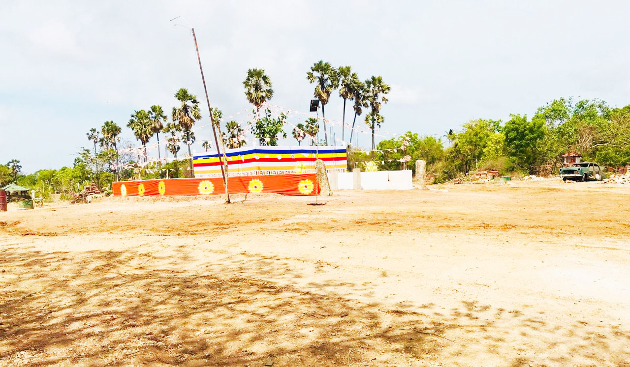 SL Army constructing Vihare on private land in Thaiyiddy- Construction intensive, after regime change