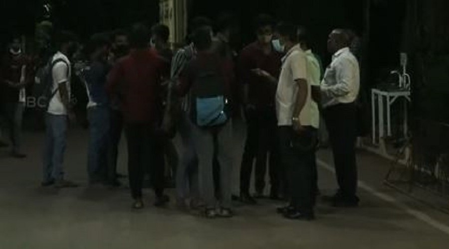 Tension at University of Jaffna-Struggle by Students- Police massed at the spot