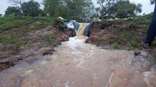 Tanks breached in Vavuniya 1